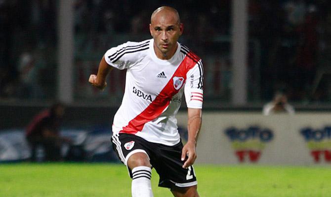 Cristian Ledesma vuelve al once inicial de River tras recuperarse de una lesión.