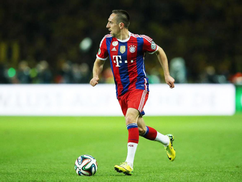 El francés Frank Ribery sigue retomando su ritmo como titular del Bayern