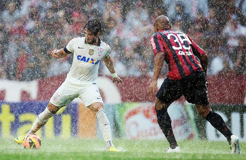 Se espera un duelo intenso entre Corinthinas y Paranaense en Curitiba