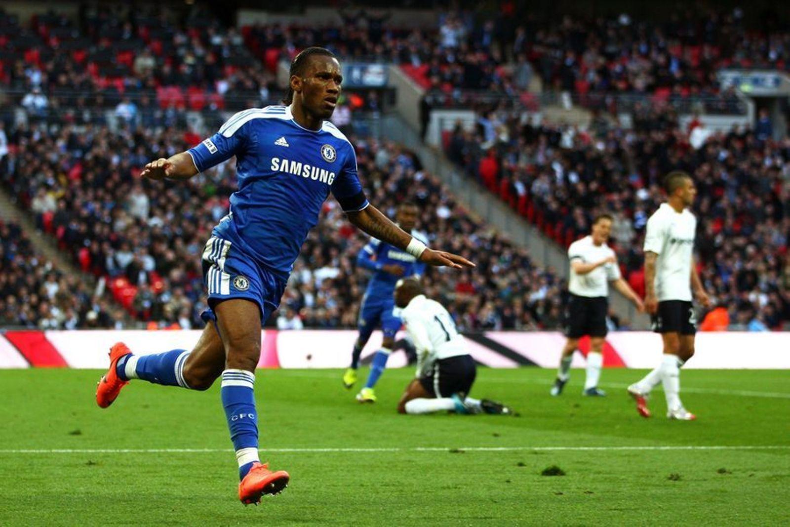Didier Drogba apunta a tener una buena tarde contra Spurs