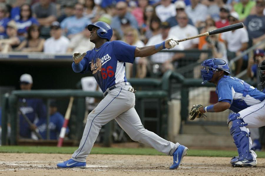 Yasiel Puig está llevando arriba a los Dodgers.