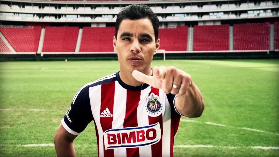 Omar Bravo es un referente ofensivo para Chivas.