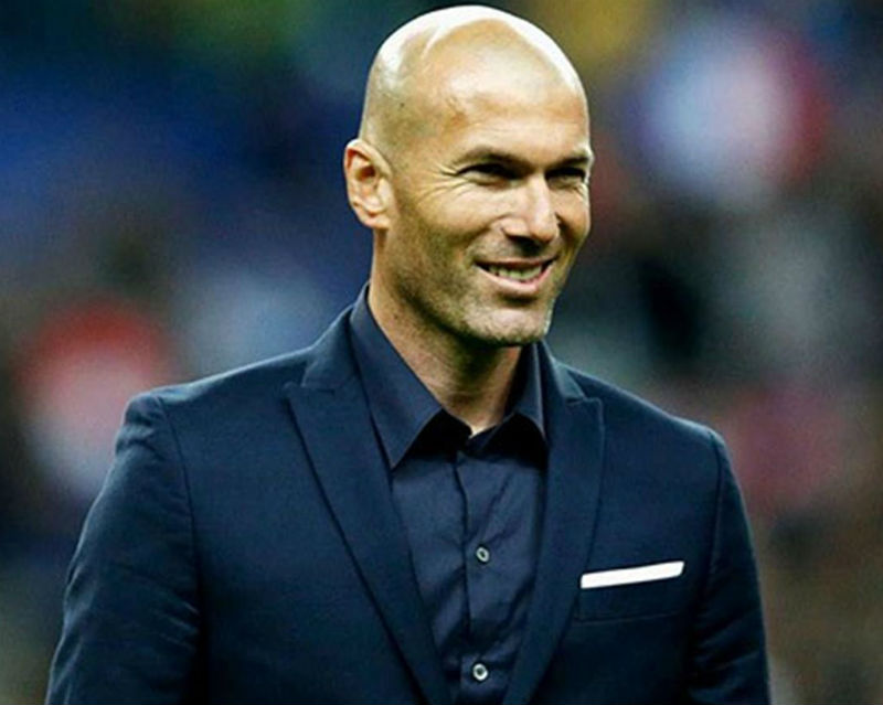 Zidane es el nuevo DT del Real Madrid.