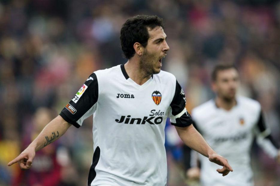 Dani Parejo se tendrá que esforzar al máximo contra el Madrid.