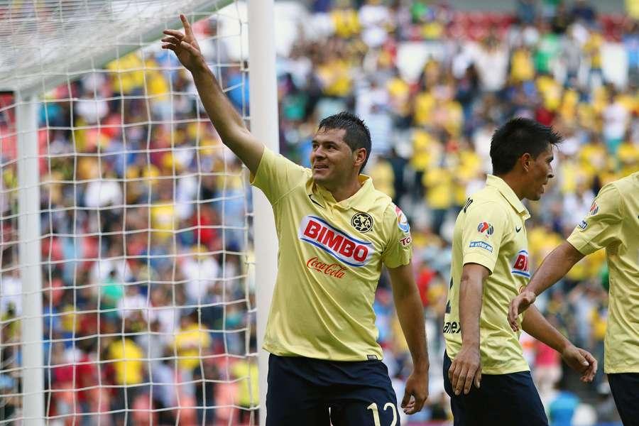 Pablo Aguilar puede hacerle mucho daño a Santos.
