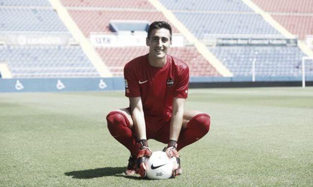 Diego Mariño tendrá que trabajar mucho frente a Messi y Cia.