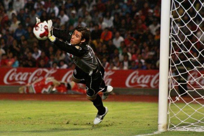 Oscar Jiménez seguramente tendrá tarea contra América.