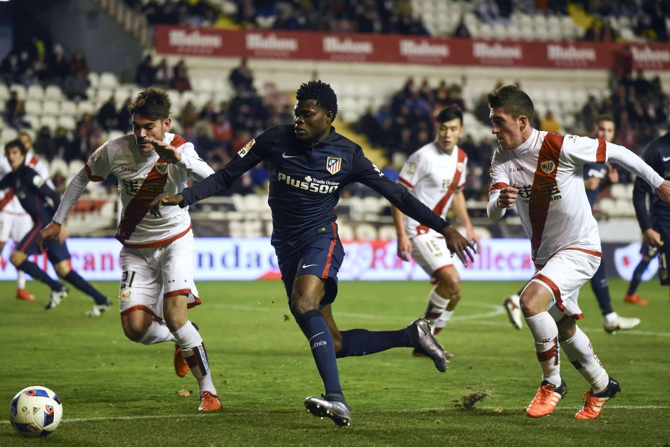 El Atlético busca meter presión al Barça con una nueva victoria.