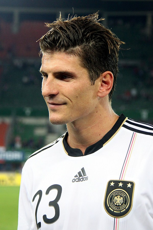 Mario Gomez será la pesadilla de Buffon.