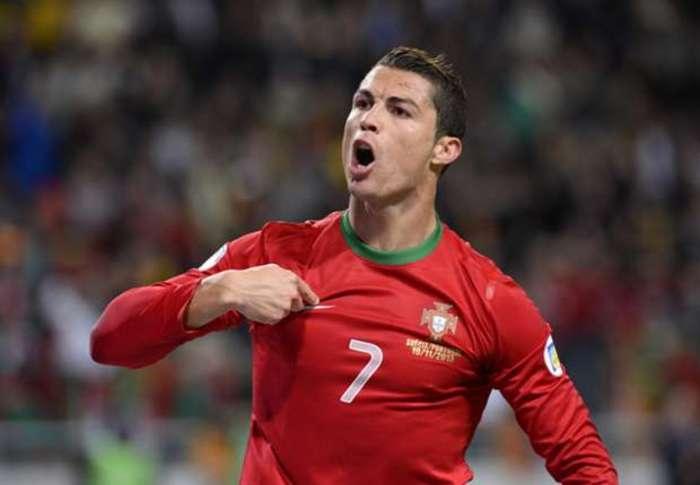 CR7 quiere reclamar la Eurocopa para él.