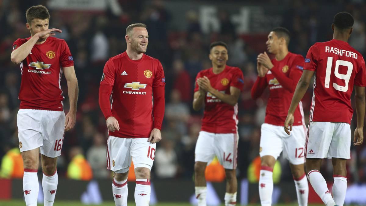 El United culmina en Old Trafford una temporada gris en Premier.